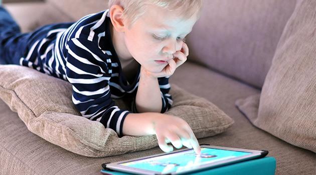 Как отучить ребенка от компьютера и игр в планшете