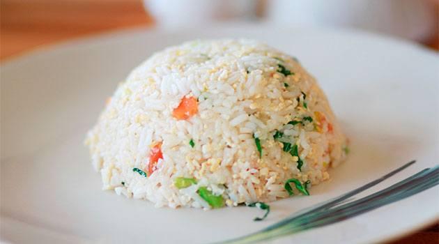 сколько денег брать в таиланд: рис по-тайски